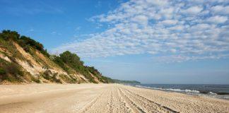 Atrakcje Chłapowa - plaża i klif