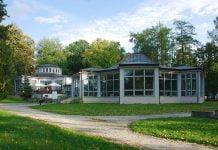 Nałęczów Park Zdrojowy Dom Zdrojowy